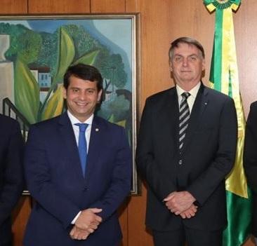 BOLSONARO ASSINA HOJE MP DA VACINA